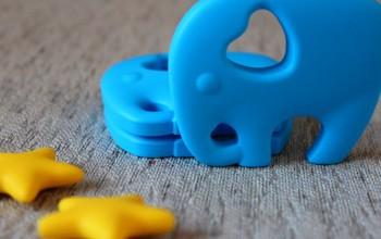 силиконовый грызун «слоник» цвет голубой (1 штука)